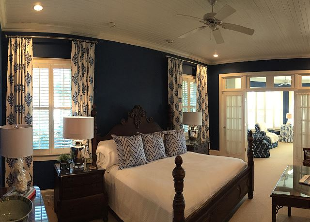 1st fl Master Bedroom, King
