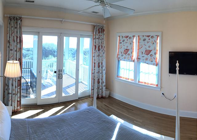 2nd floor Ocean FrontMaster Bedroom, King