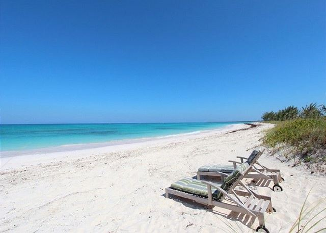 Grand Beachfront Estate on Five Private Acres w/ Kayaks, Hammocks, Snorkeling