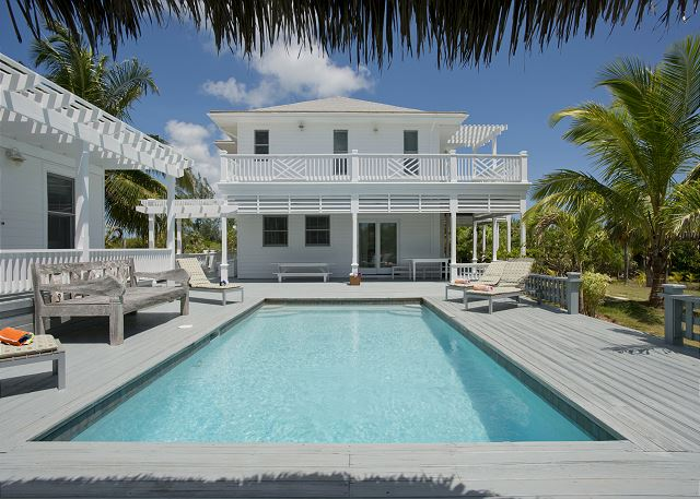 4-Acre Estate on Banks Rd, House & Guest cottage, Pool, Calm Protected Beach