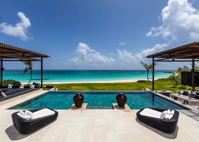 Ultra-Luxury Beachfront Estate with Pool On Pink Sand Beach, Banks Road