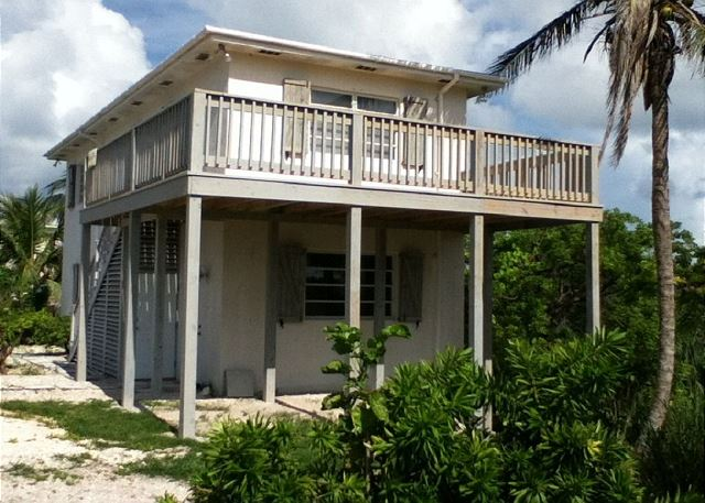 Charming New House at French Leave Beach, One to Three Bedrooms