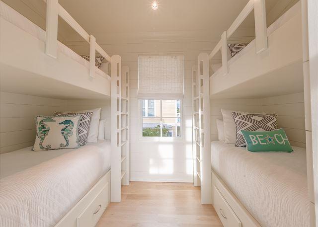 2nd Floor Twin Bunk Room