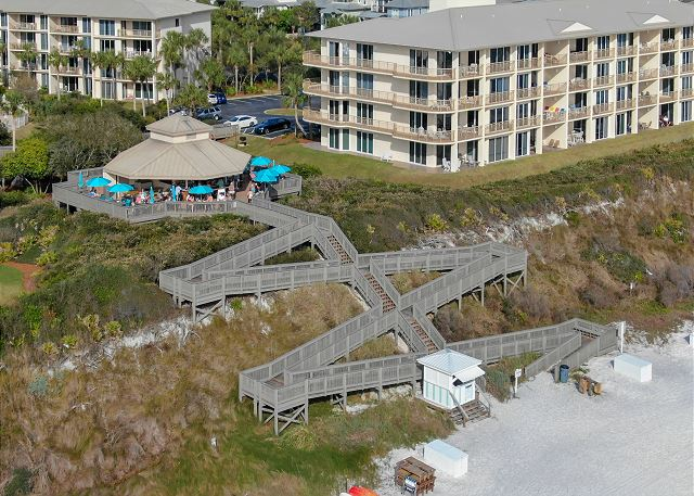 Crabby Steve's Restaurant at High Pointe Resort