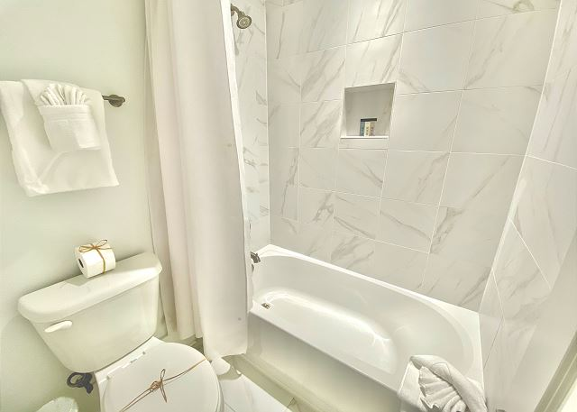 Guest Bathroom - shared between the Queen Bedroom and Bunkroom