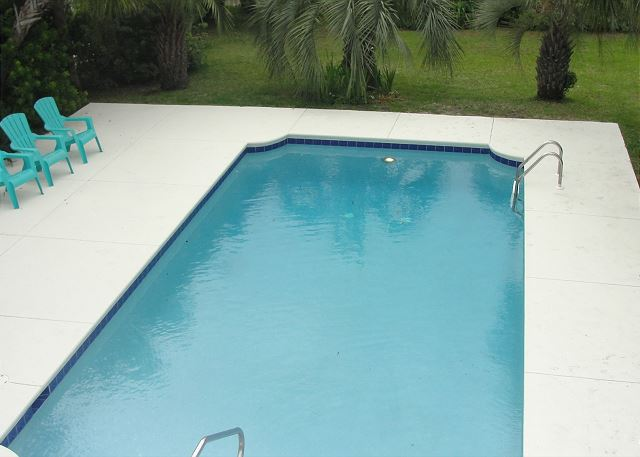 Pelican Club   Private Saltwater Pool