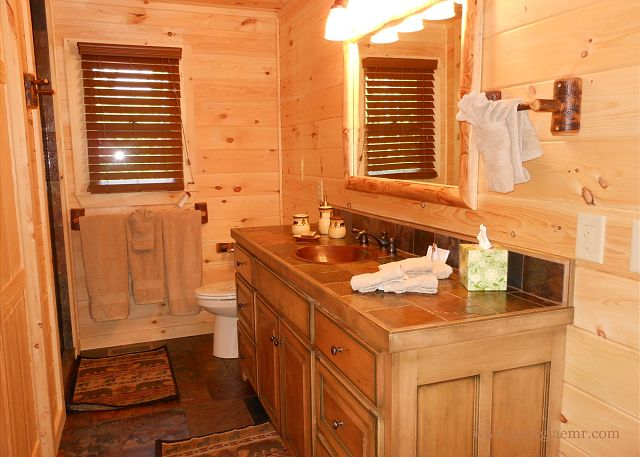 2nd Bathroom Main Floor