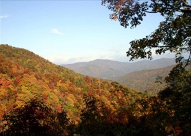 Make your reservation Now for the Fall Festivals in the Mountains!