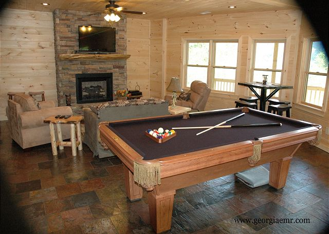 Pool Table, Tennis Table, Table Games, Wet Bar