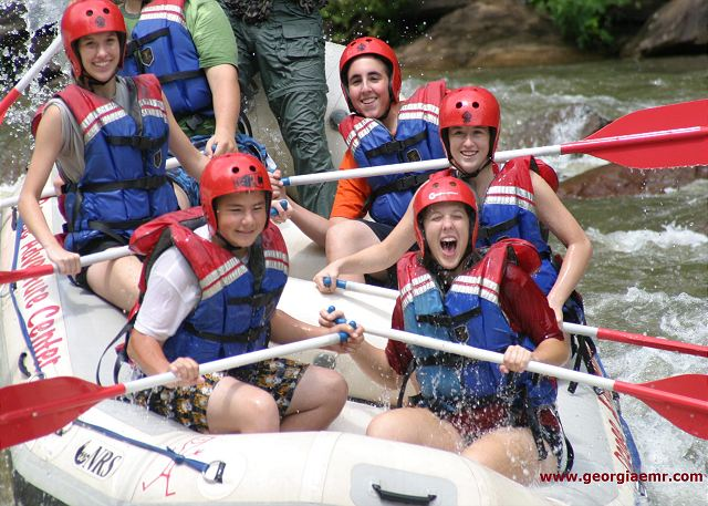 For your best vacation ever! Just minutes to all fun and excited outdoor activities like waterfalls, whitewater rafting, fishing, hiking and everything Lake Blue Ridge has to offer for your unforgettable vacation.