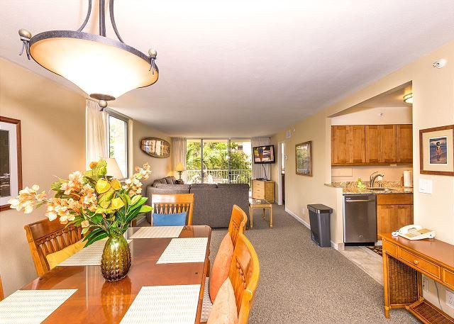 Royal Kahana 220- Ocean view 2 bedroom, 2 bath corner condo