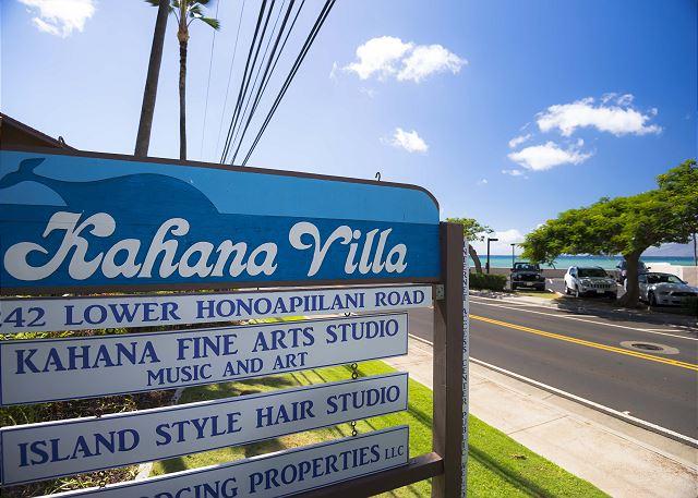 Kahana Villa Sign