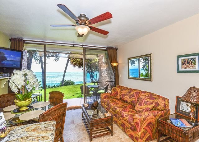 Oceanview as soon as you walk in the unit!