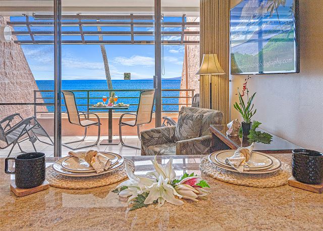 NEW Kuleana 613 Oceanfront $195up best view, steps to water