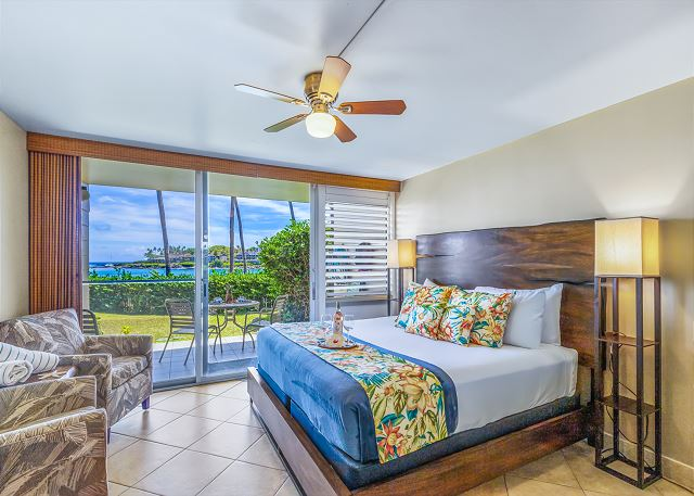NEW Napili Shores Oceanfrt frm $249, AC, King Bd, steps to beach #A106