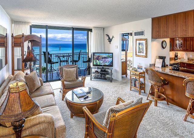 #1012 Royal Kahana  OCEANFRONT Penthouse level 1 bedroom condo