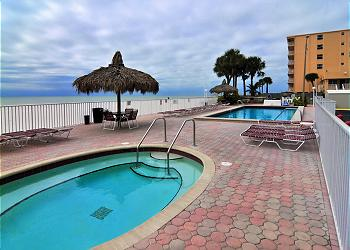 Sea breeze 303 sea breeze madeira beach fl for Chambre condos madeira beach florida