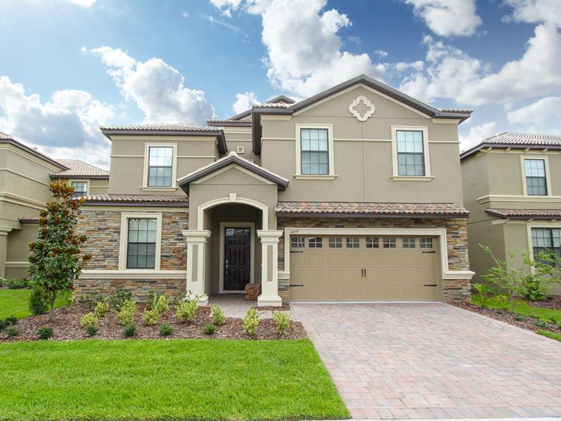 Orlando Vacation Home Rentals | Florida Spirit | Fiji Palms