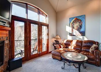 frisco colorado us marina park clock tower luxury condo. Black Bedroom Furniture Sets. Home Design Ideas