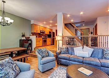 Frisco Townhouse rental - Interior Photo - Royal Glen Living Area Frisco Lodging Vacation Rental