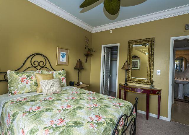 Queen Bedroom with Large Walk-in Closet!