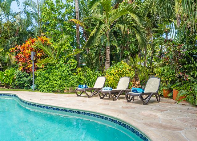 Relax Poolside in the Secret Garden!
