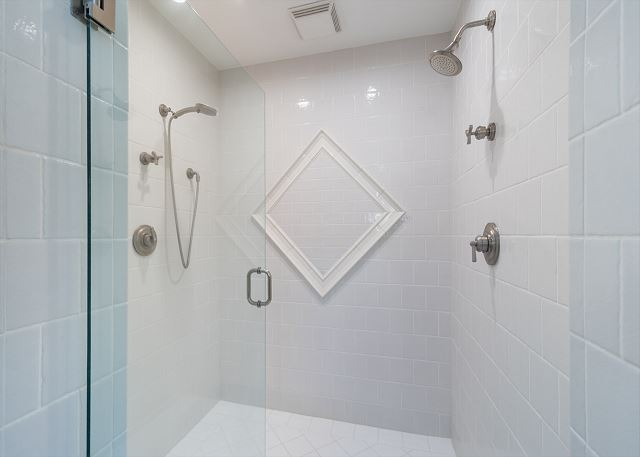 Extra Large Master Walk-in Shower!