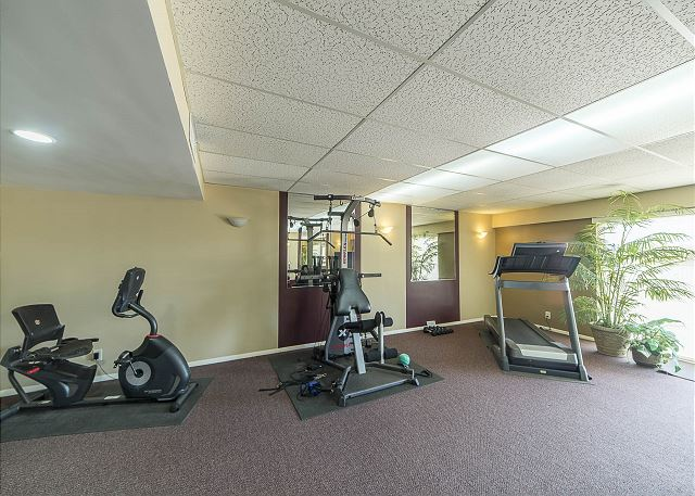 Gym Equipment in Lounge!