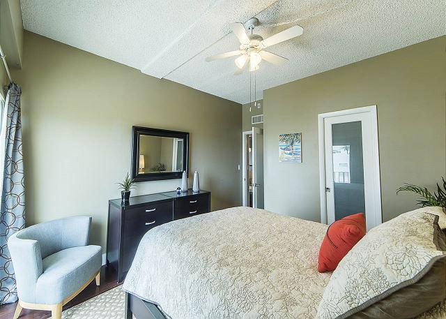 Queen Bedroom with Walk-in Closet!