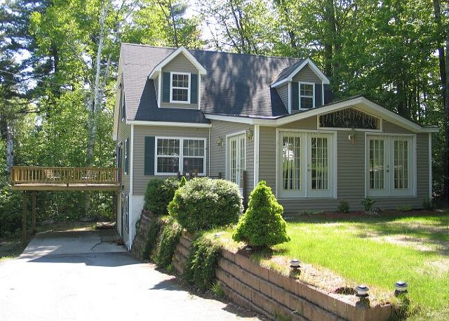 The Strawberry Lane Place professionally managed vacation rental home is nicely situated close to the end of its road. Strawberry Lane ends at Strawberry State Forest with trails great for evening strolls or daytime snow shoe treks into the forest.