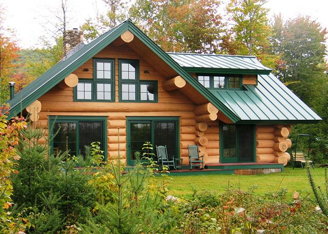 Franconia 39 s the eaglet log home for Two bedroom log homes