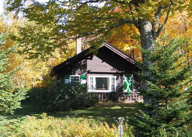 Nestled in the heart of Franconia Notch lies the Emmons Chalet. Come visit this 3 bedroom, 1 bath, professionally managed vacation rental at Mittersill Village today!