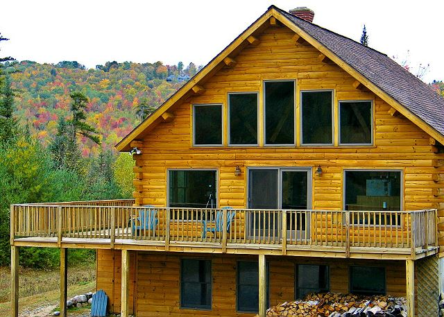 The Franconia Range View - professionally managed Franconia Notch Vacations property. Call 800.247.5536 to plan your stay today!