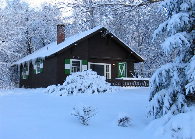 Wonder what the Emmon's Mittersill Village Chalet might look like all dressed in Winter? Not anymore! All that's needed now are your cross-country and downhill skis! Book now!
