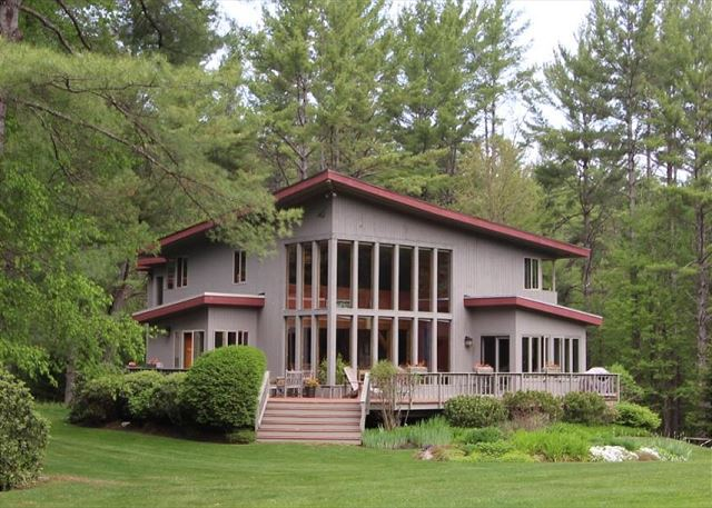 Grand in size and style, the Towle Homestead is a must see! Located in the small, peaceful town of Easton, still just minutes from Franconia Notch State Park and Cannon Mountain.