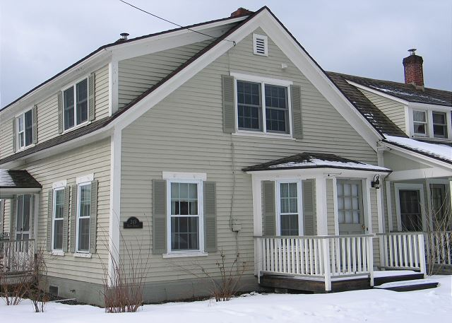 Conveniently located in the heart of downtown Franconia, New Hampshire!