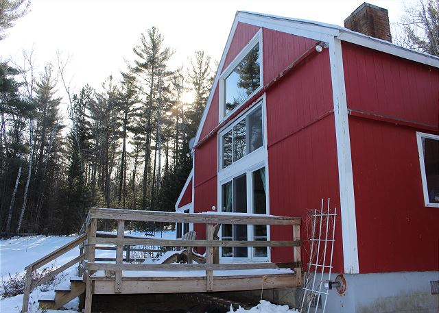 Dorsey's Sugar Hill Retreat... a 4 bedroom, 2 bath plus loft, fully furnished vacation rental home located in a sylvan White Mountain setting.
