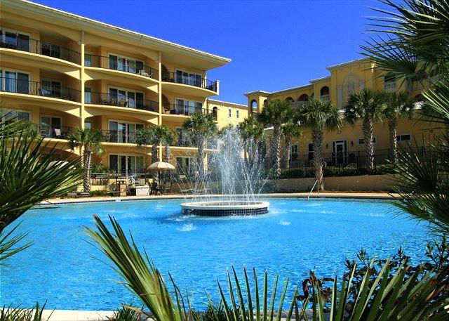 Fountain in Main Pool