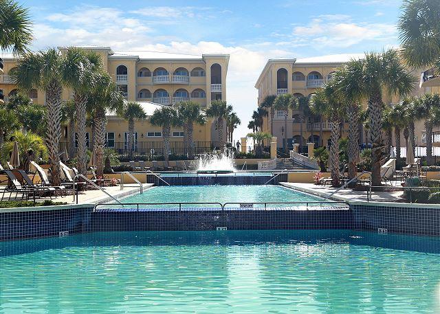 Adagio tri-level pools