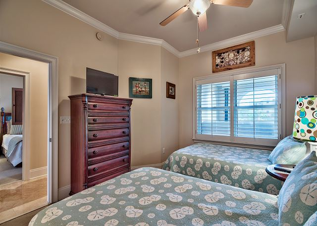 TWO full beds in third bedroom