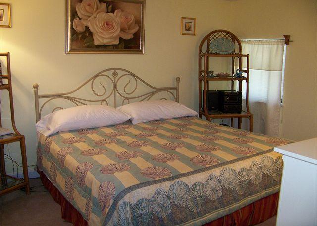Surfmaster713-Bedroom