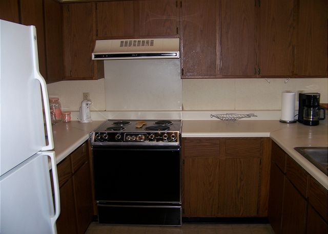SeaGrove107-Kitchen