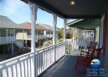 Summer House Clinkscales