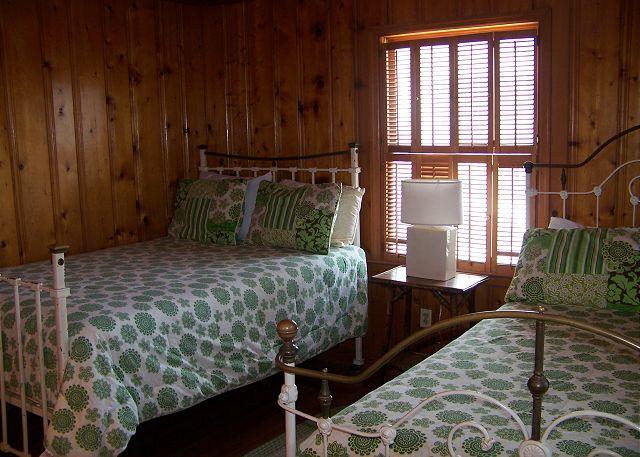 Westwind-Bedroom2