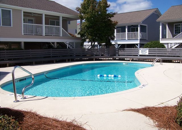 Summer Winds 1 - Community Swimming Pool