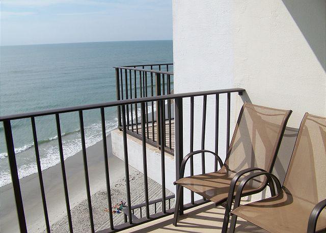 R810-Balcony