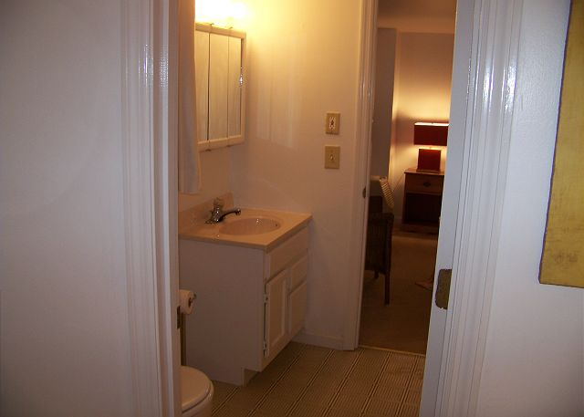 Westwind-Bathroom3