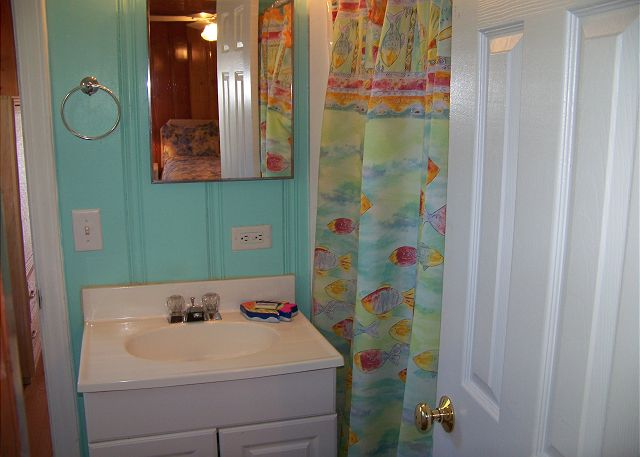 SeaGrass-Bathroom2