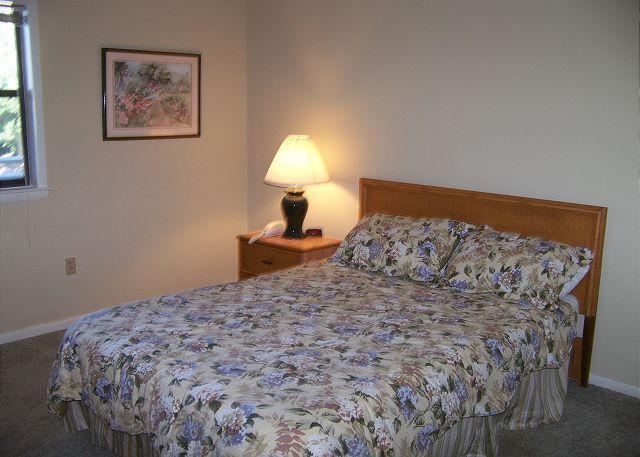 SeaGrove107-Bedroom1