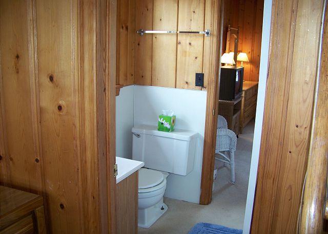 Suits Us-Bathroom2